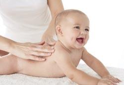 Как делать гимнастику новорожденному?