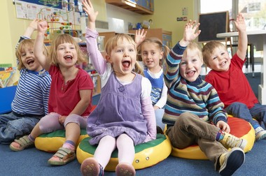 Когда лучше отдать ребенка в детский сад