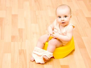 Понос у грудничка: причины и лечение