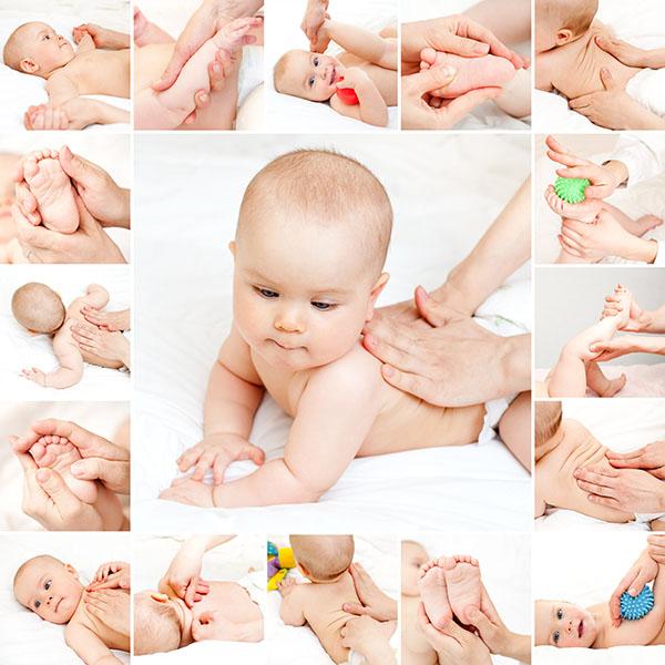 Новорожденный ребенок запрокидывает голову назад