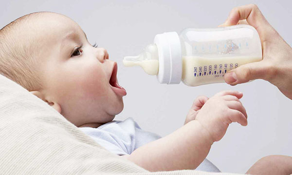 Сколько должен какать новорожденный